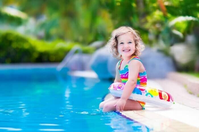 Pool mit Kindersicherung