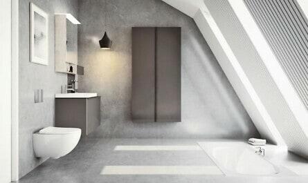 Elegantes Bad mit Design-Ausstattung