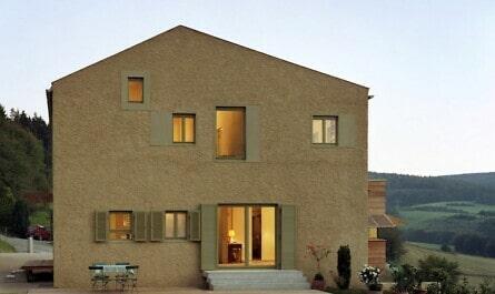 Zuhause aus modernem Ziegel