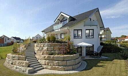 Zuhause mit Ziegeln als Wandbaustoff