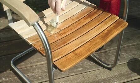 Pflege für Gartenmöbel aus Holz