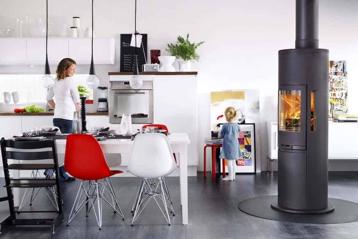 Kaminofen mit hoher Brennkammer