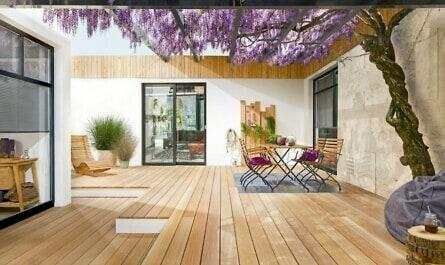 Holzprofile auf der Terrasse