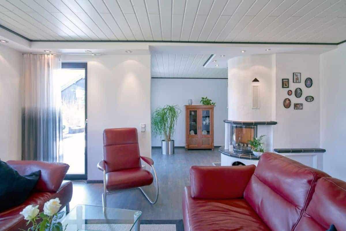 Alte Holzdecke im Wohnzimmer