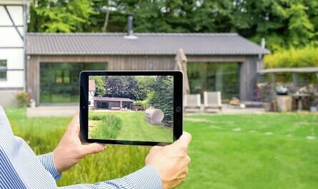 Bauernhaus mit Garten auf iPad mit Augmented Reality