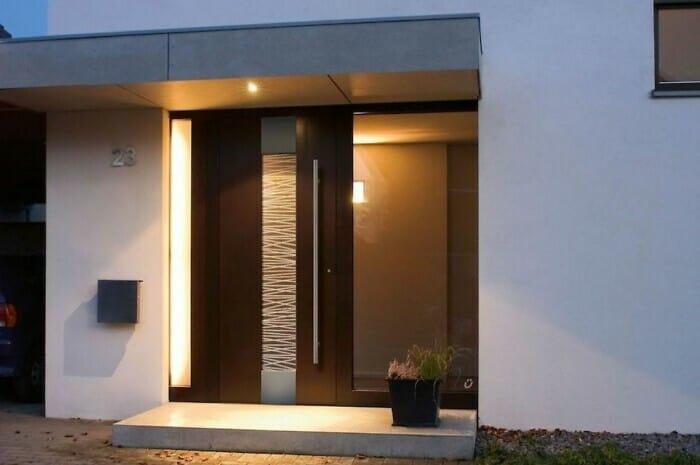 LED-Beleuchtung an der Haustür