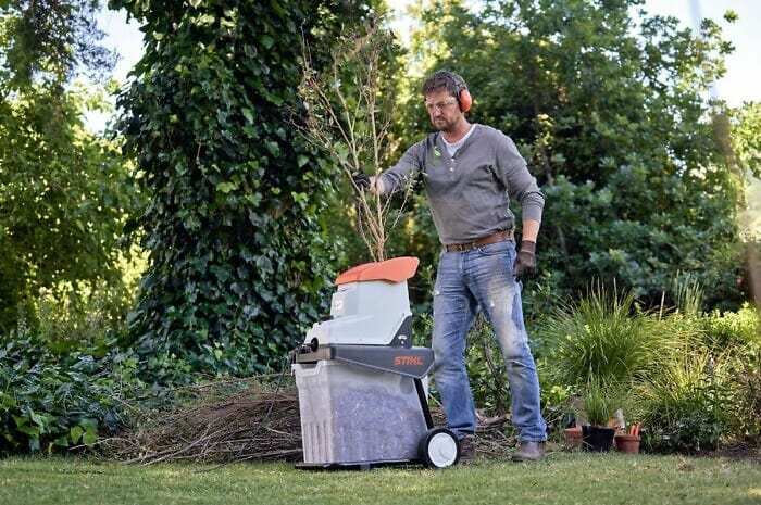 Grünschnitt selbst in Kompost verwandeln