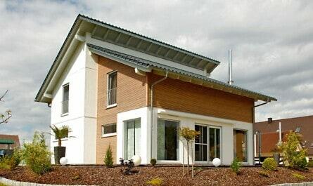 Einzelstehendes Wohnhaus mit Alarmanlage