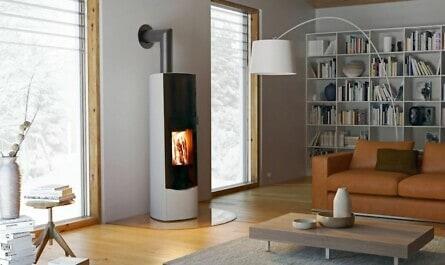 Kaminofen im Wohnzimmer