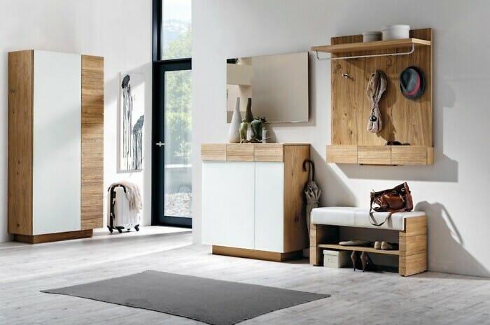 Naturholzmöbel bringen alpines Wohnflair