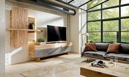 Möbel mit Holz und Eisen