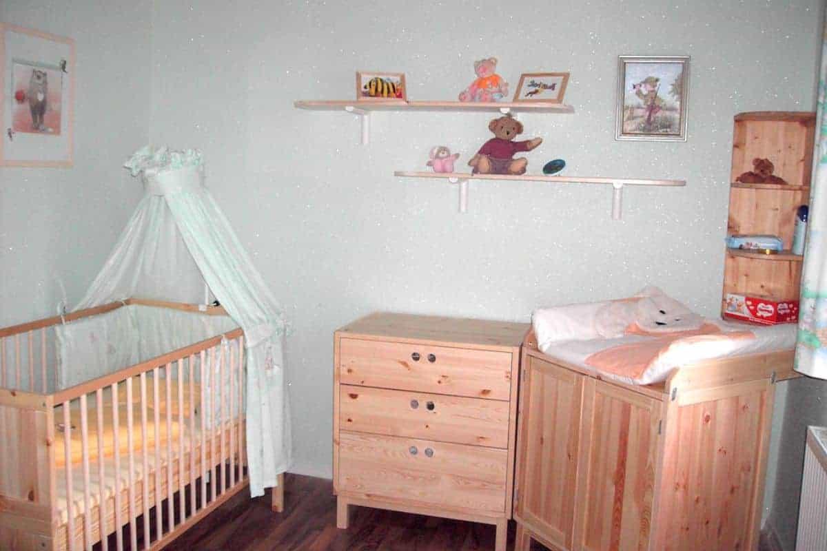 Kinderzimmer mit Wandbelag aus Baumwollputz