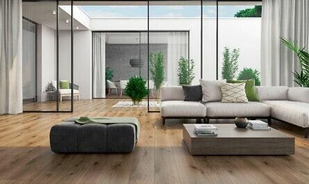 Wohnzimmer mit Keramikfliesen