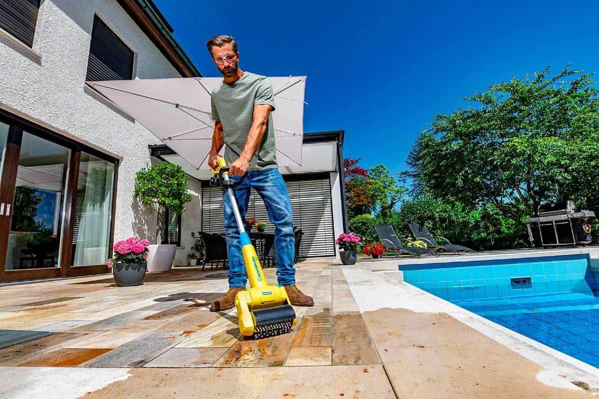 Reinigung des Bodenbelags