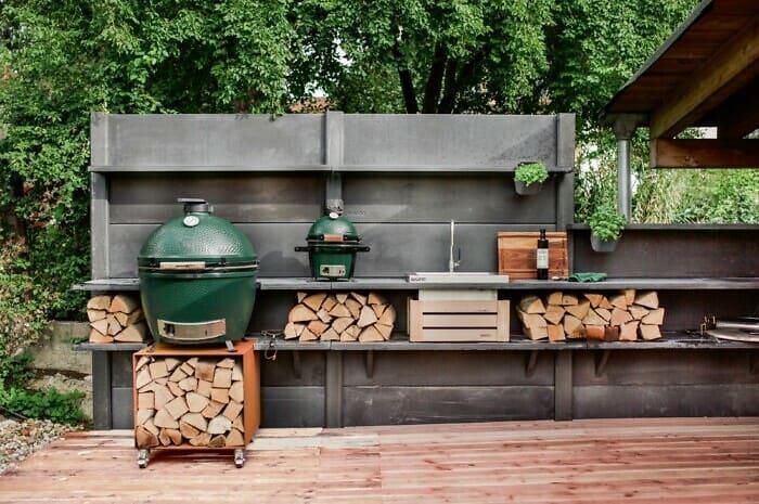 Kochen in der Outdoor-Küche